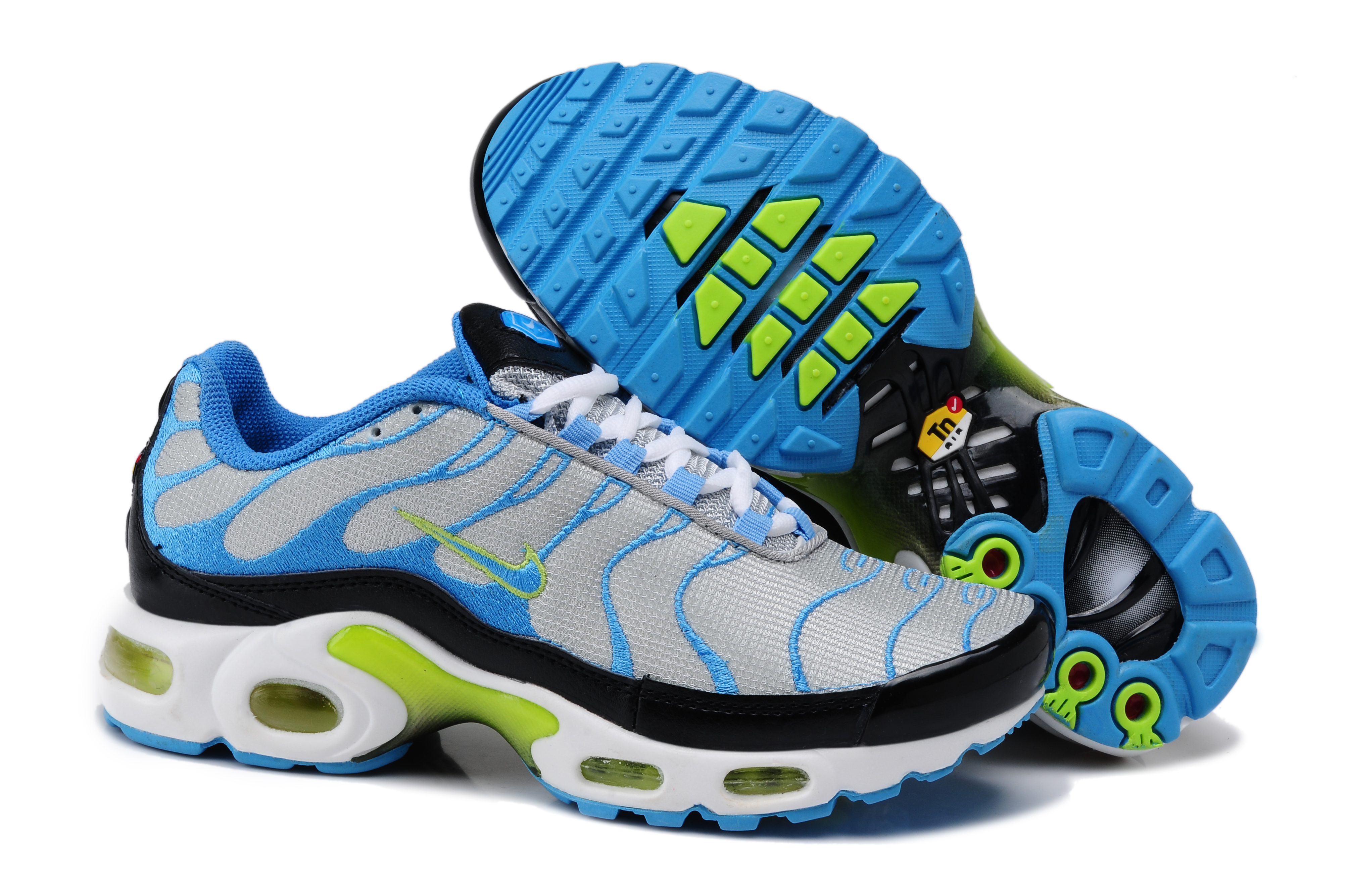chaussure nike tn requin femme